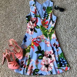 🌸 Brand 🆕 Floral Dress 🌺